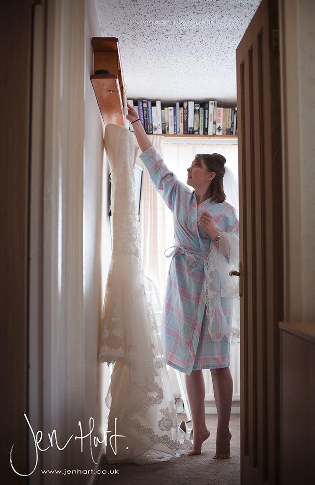 Photograph_Gisborough_Hall_Wedding_Sian&Alastair_15AUG14_002_01