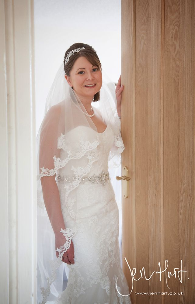 Photograph_Gisborough_Hall_Wedding_Sian&Alastair_15AUG14_020_07