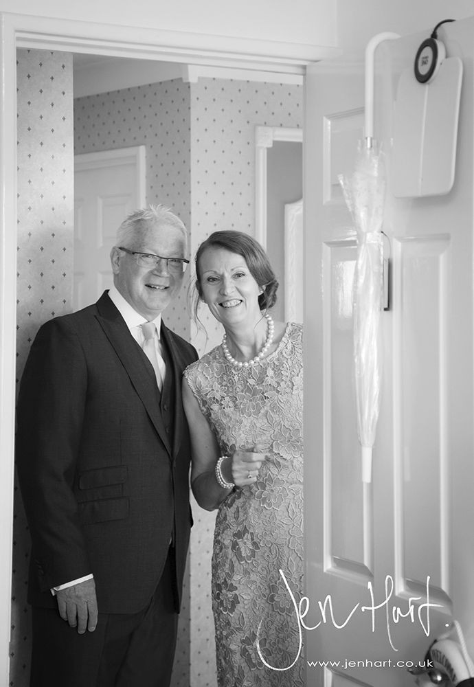 Photograph-Wedding-Whinstone-View_02May15_016