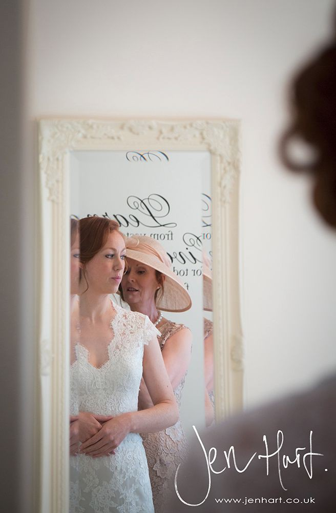 Photograph-Wedding-Whinstone-View_02May15_024