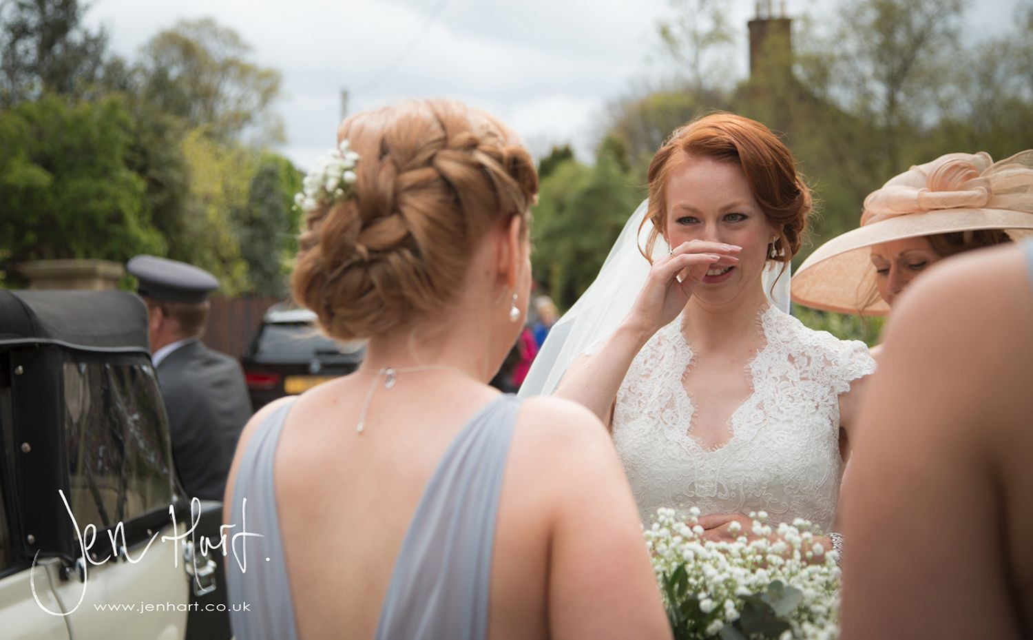 Photograph-Wedding-Whinstone-View_02May15_050