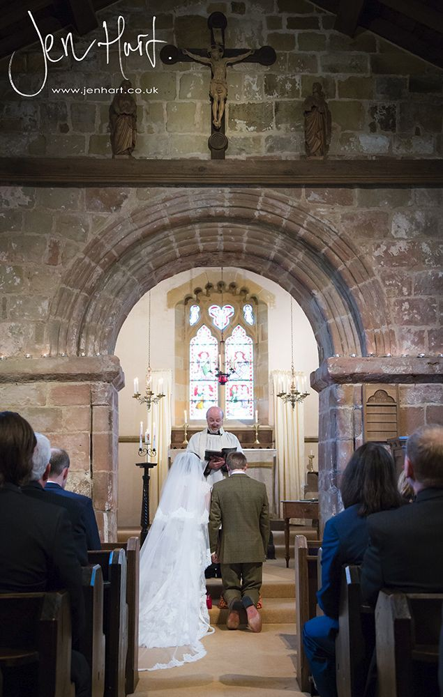 Photograph-Wedding-Whinstone-View_02May15_086