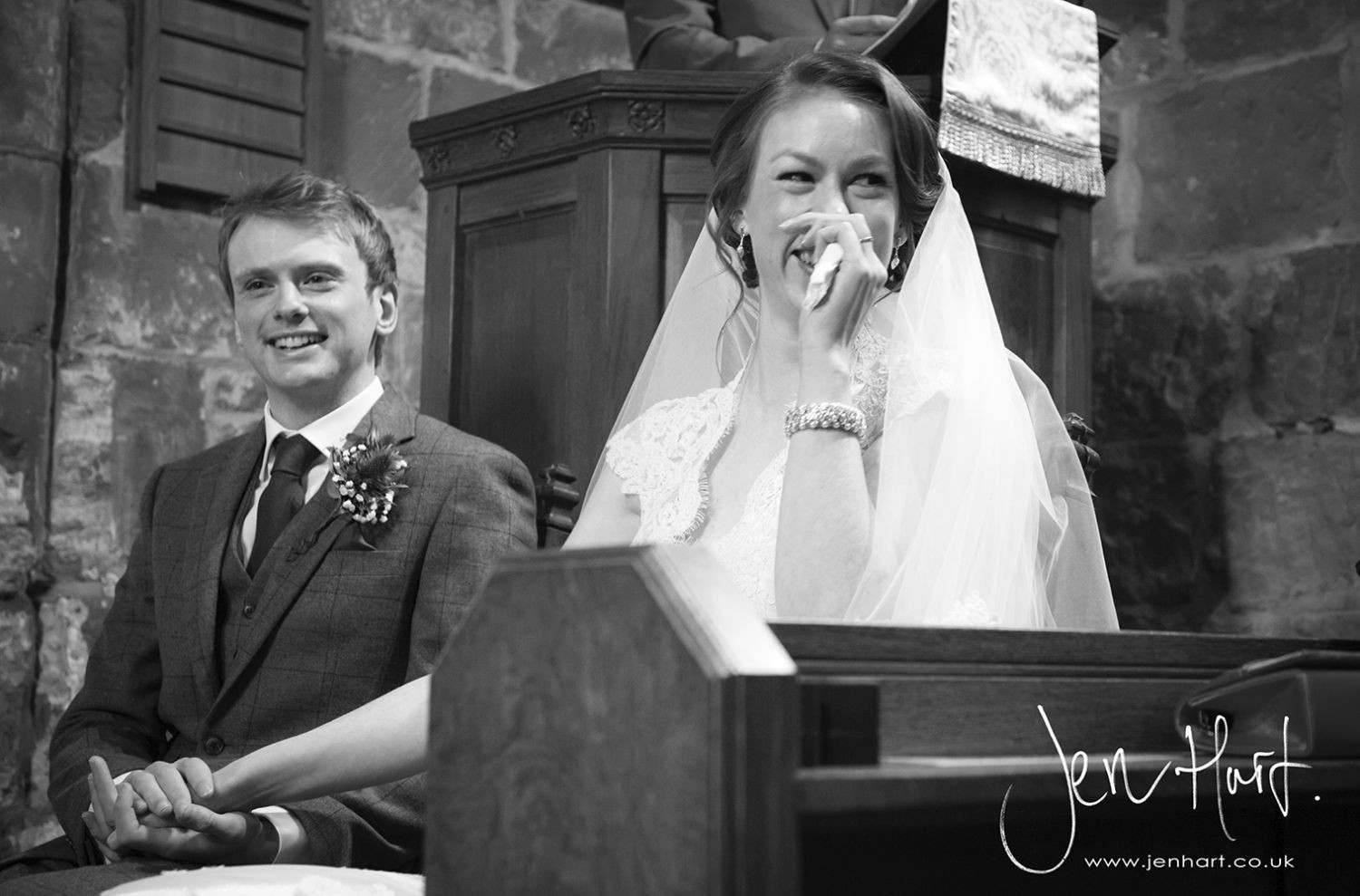 Photograph-Wedding-Whinstone-View_02May15_094