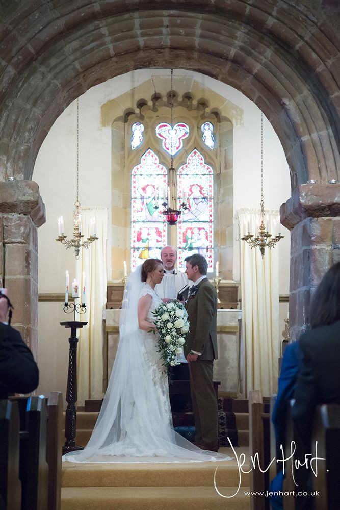Photograph-Wedding-Whinstone-View_02May15_115