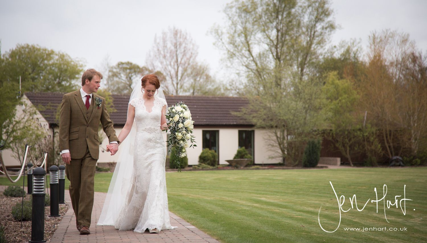 Photograph-Wedding-Whinstone-View_02May15_171