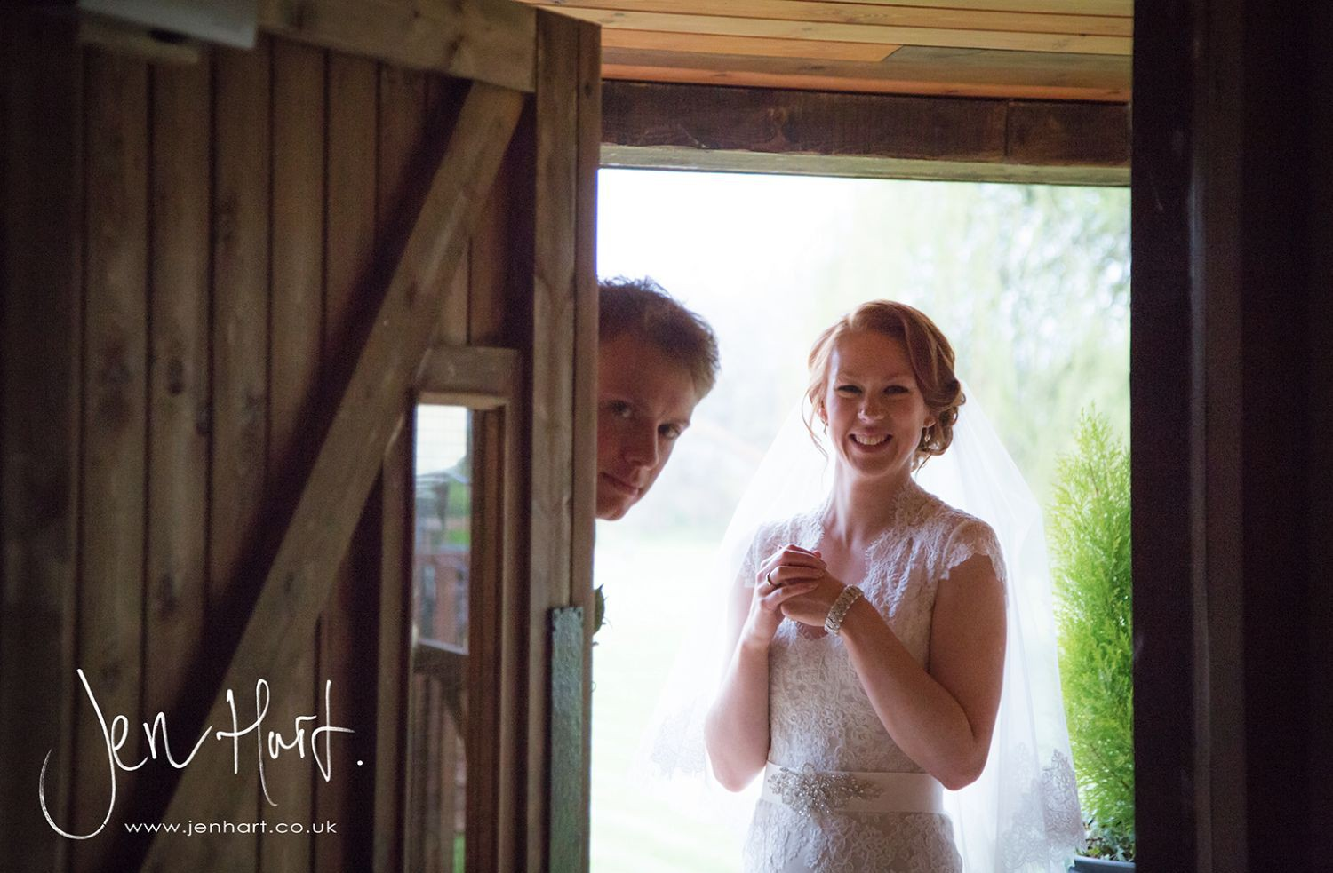 Photograph-Wedding-Whinstone-View_02May15_222