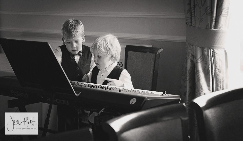 Grinkle_Park_Wedding_Photographer_Emily&Nicky_14May16_040