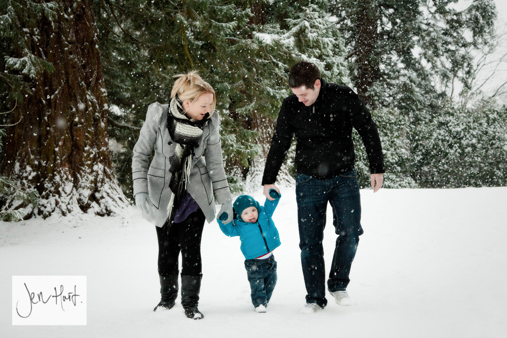 Outdoor-Family-Photography-Winter-Portrait-Jen-Hart