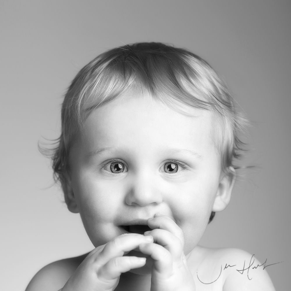 Baby-Photography-Signature-Portraits-Jen-Hart-Hugo-05032020-0001