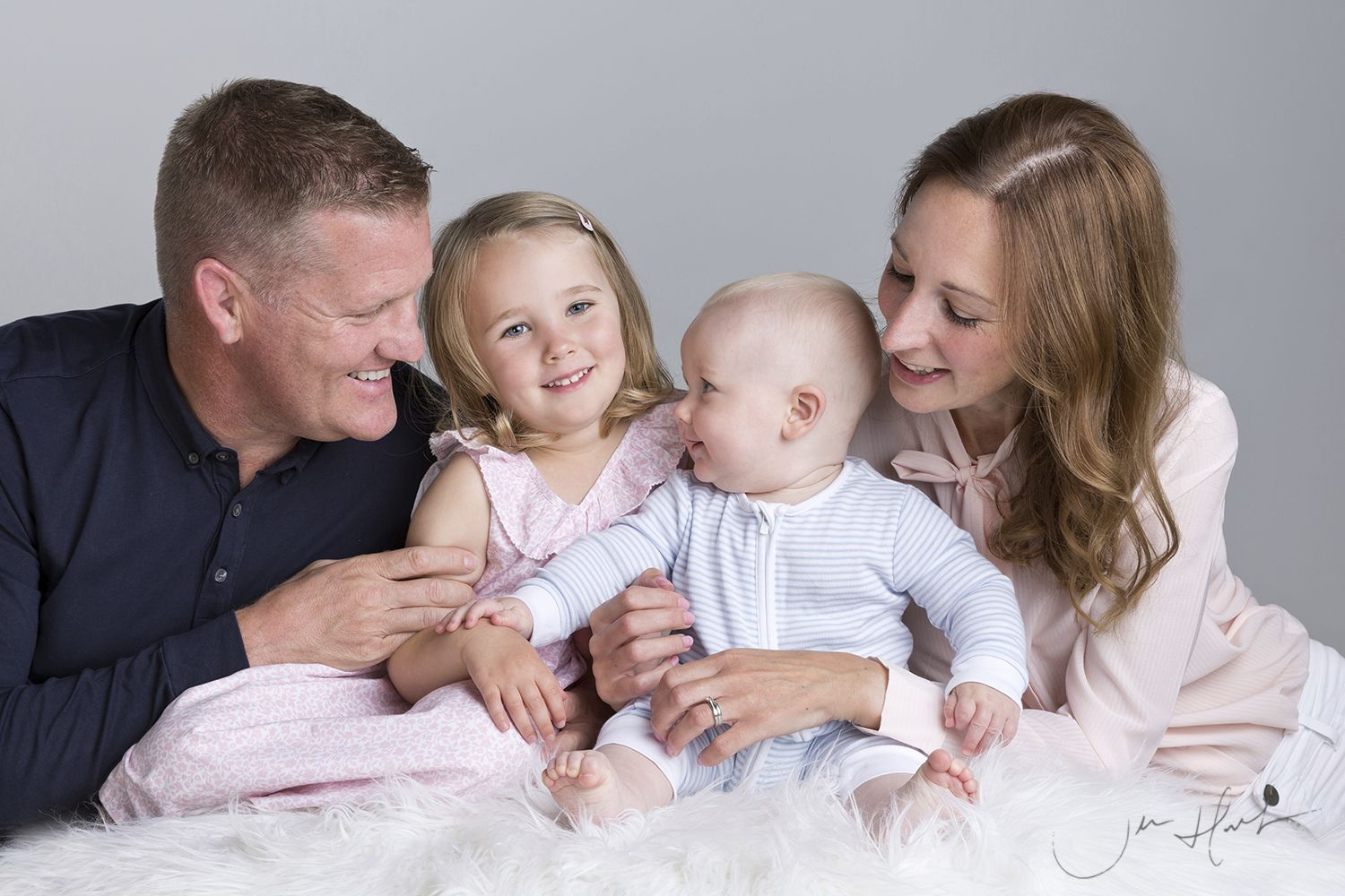 Children-Family-Studio-Photography-Jen-Hart-Freya-Oscar 12September19_005