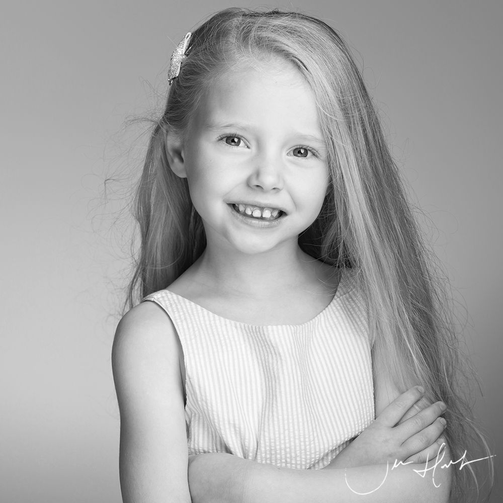 Children-Studio-Photography-Jen-Hart-Isobel- 31August19_024-BW
