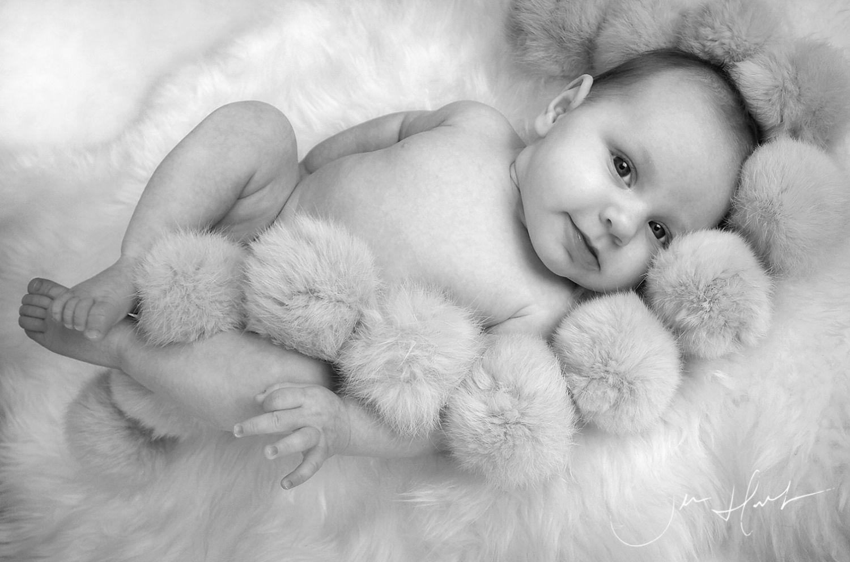 Baby-Studio-Photography-Jen-Hart-Pompm