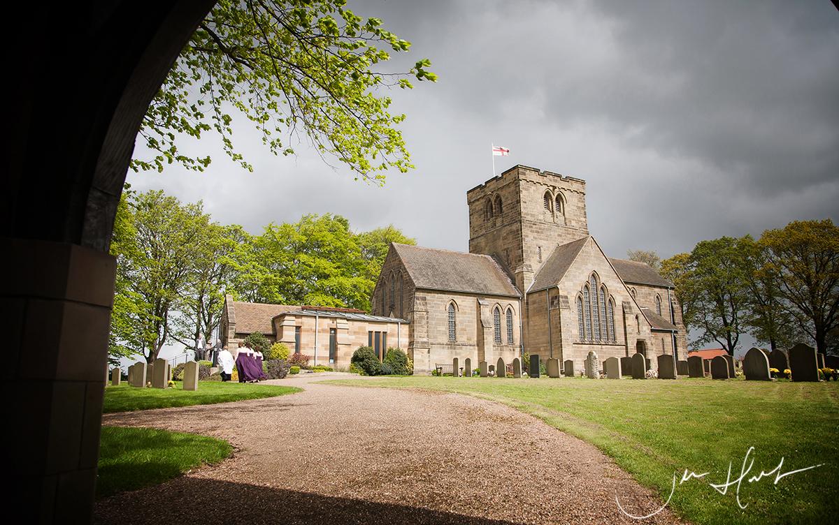 Jen-Hart-Wedding-Photography-St-Marys-Church-Nunthorpe-10MAY14_045